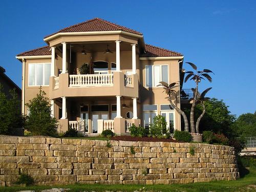 Fachadas de dos plantas todo fachadas for Fachadas de casas de 2 pisos con balcon