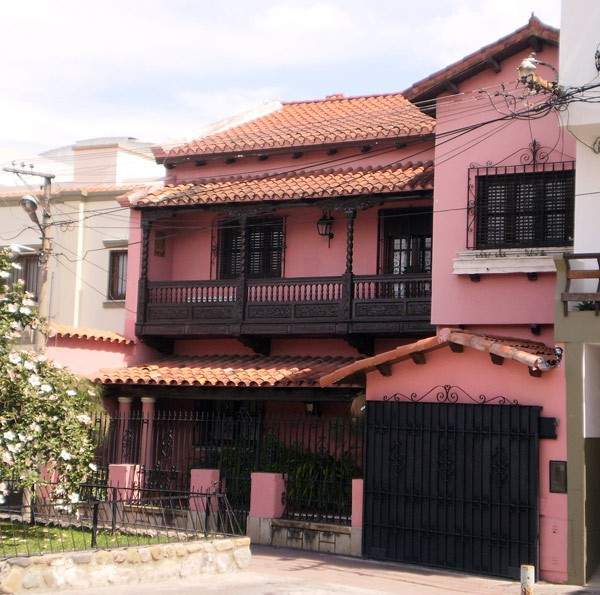 Fachadas coloniales fachadas de casas for Casas americanas fachadas