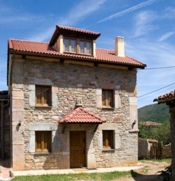Casas y fachadas antiguas de hace m s de 50 a os for Fachadas de casas ultramodernas