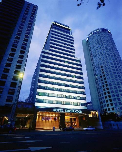 Fachadas de hoteles