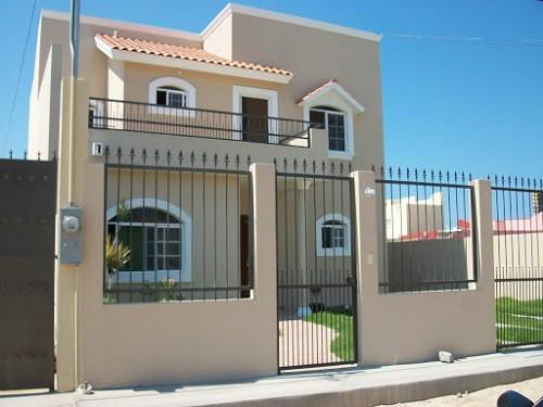 50 modelos de fachadas residenciales de todos los estilos for Hechuras de casas
