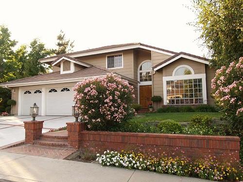 50 modelos de fachadas residenciales de todos los estilos - Fotos de casas preciosas ...