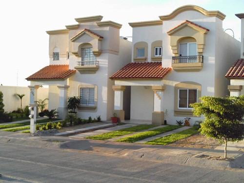 50 modelos de fachadas residenciales de todos los estilos for Modelos de casas pequenas y bonitas