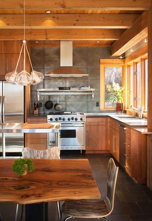 Espectacular casa terminada en madera natural en medio de - Casas de madera natural ...