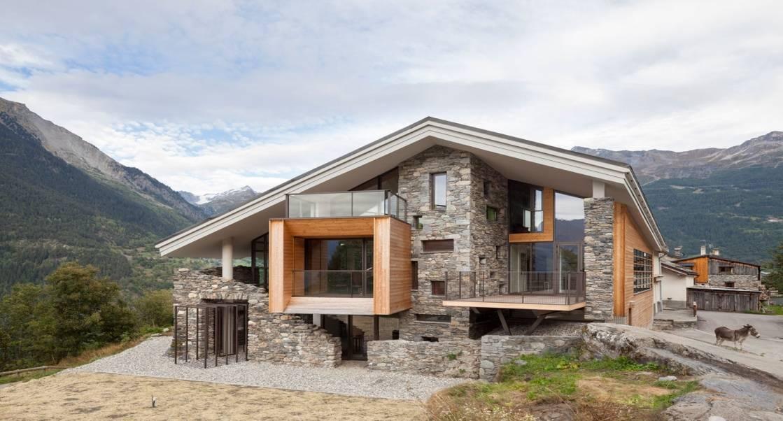 50 modelos de fachadas residenciales de todos los estilos for Casas modernas rusticas