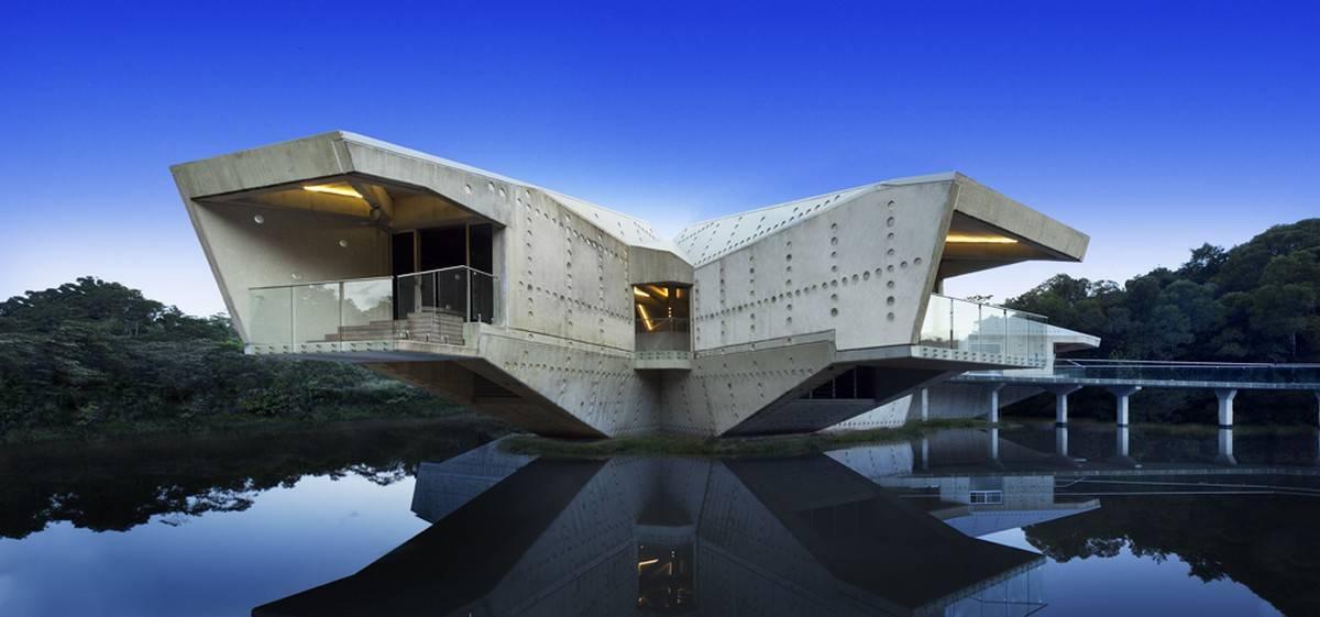 fachada-de-palacio-sobre-las-aguas-en-australia-calidad-y-vocacion-superior
