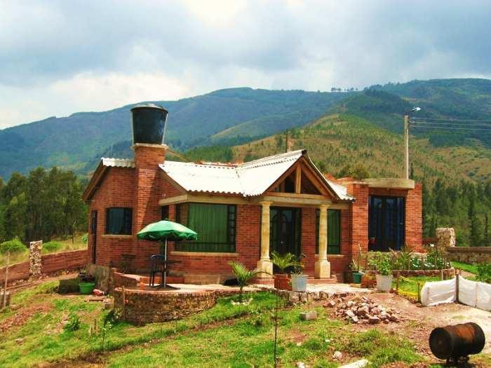 Fachadas campestres fachadas de casas for Modelos de casas de campo modernas