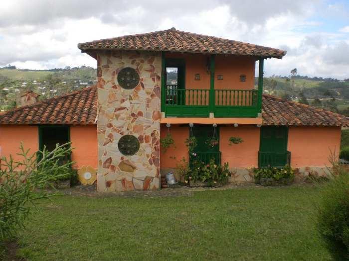 Fachadas campestres fachadas de casas for Fachada casa campo