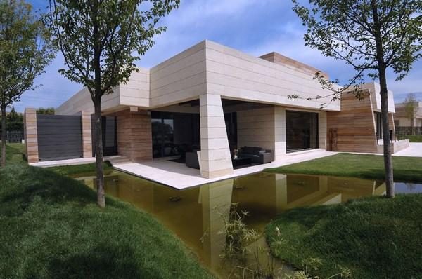 Casas modernas de una planta fachadas de casas for Viviendas modernas de una planta