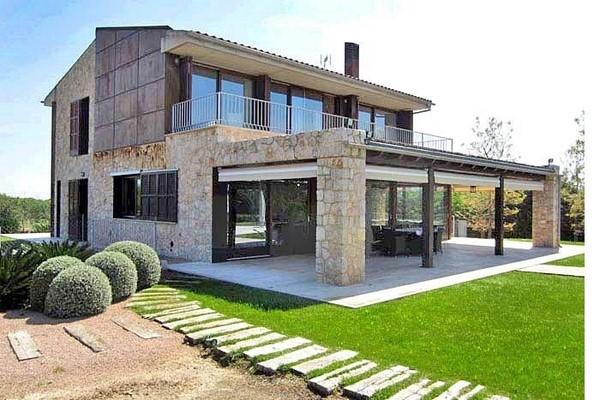 Elegantes chalets de piedra fachadas de casas - Chalet de madera y piedra ...