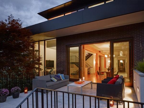 Luminosa casa de estilo tradicional fachadas de casas - Casas de moda ...
