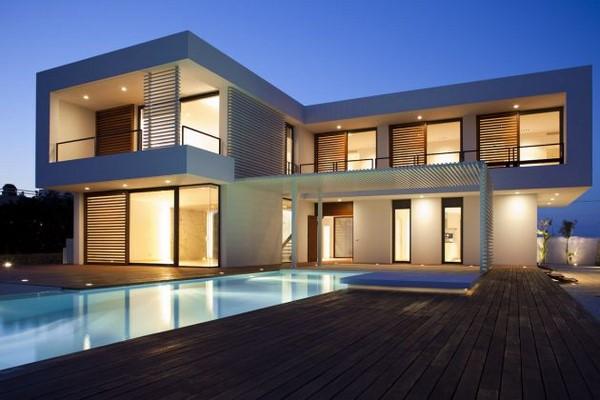 Iluminaci n destacada en esta casa minimalista fachadas - Casas minimalistas en espana ...