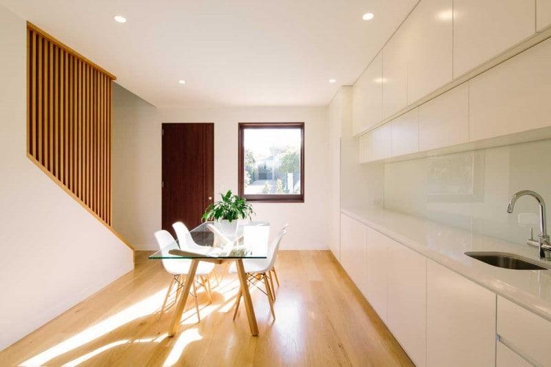 Diseño abierto y amplio dentro de la casa