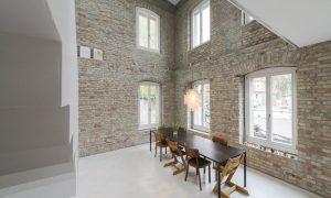 """Edificio: """"la herencia"""" en Berlín se convierte en un hogar moderno y acogedor para una familia entusiasta"""