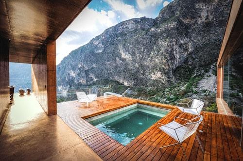 Una hermosa piscina