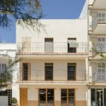 Apartamentos en Can Picafort son rehabilitados y crean un ambiente cálido-poético para la familia
