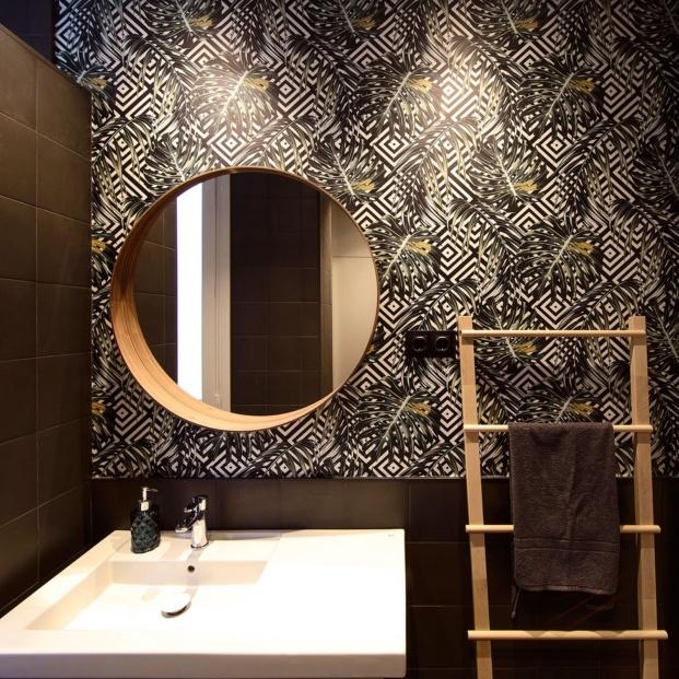 El diseño del baño es perfecto