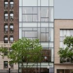 COS abierta a la arquitectura de Chicago en una tienda de diseño