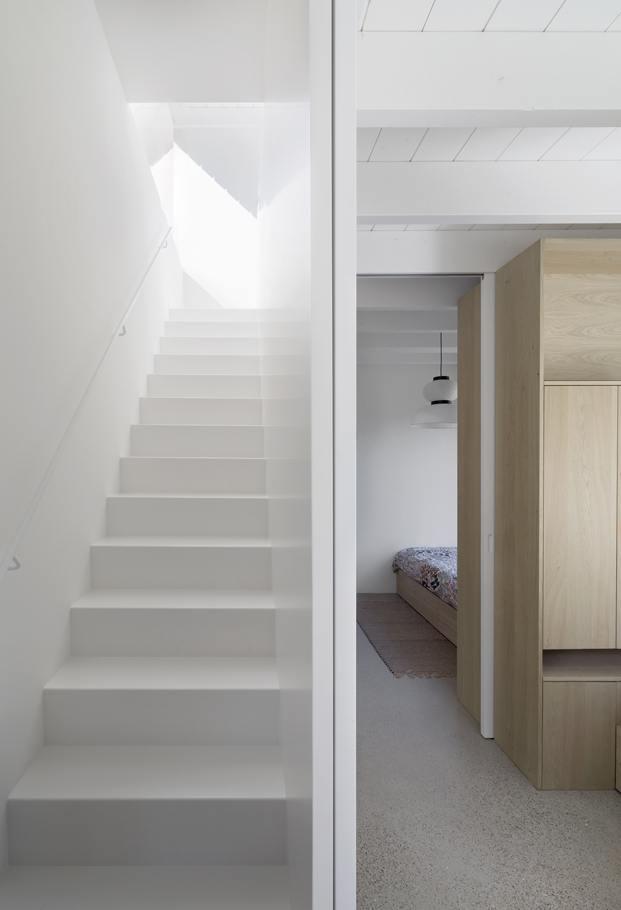 Diseño de escaleras minimalista